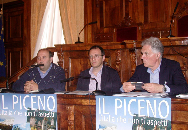 Da sinistra Andrea Maria Antonini, Bruno Gabrielli e Piero Celani