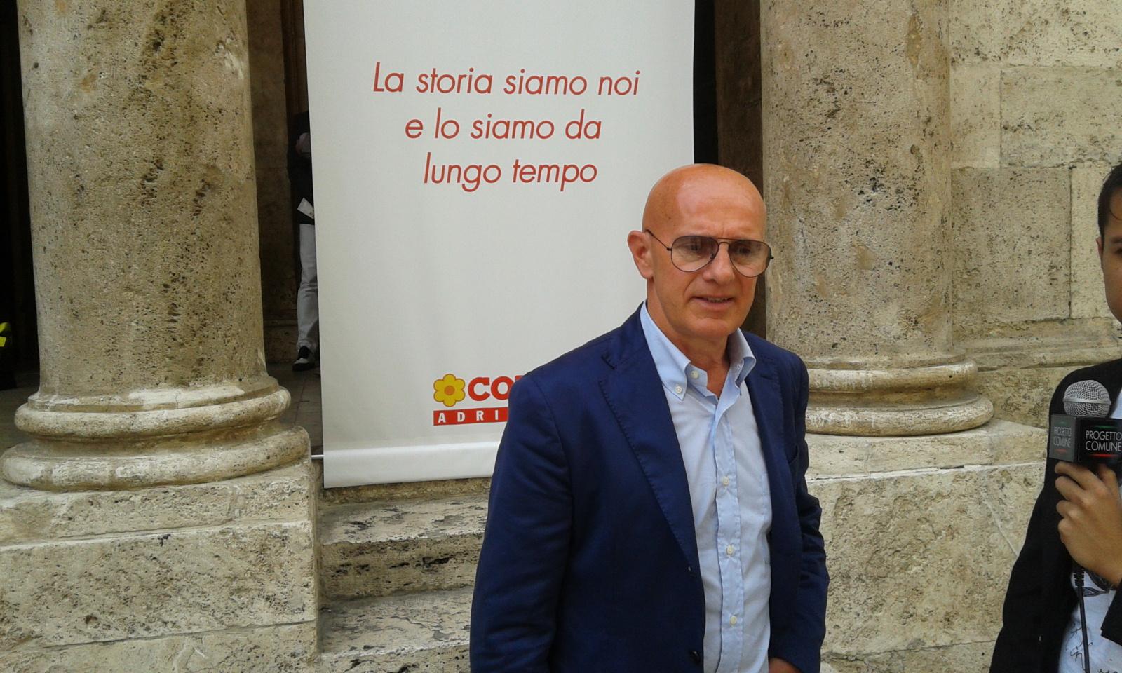 L'ex allenatore rossonero Arrigo Sacchi