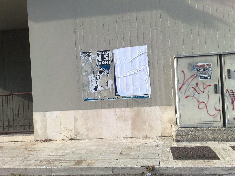 Manifesti Casapound rimossi