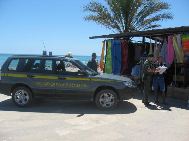 Operazione Guardia di Finanza (Foto informazione.tv)
