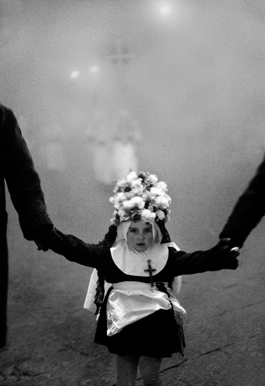Scianna_Venerdì Santo, Enna, 1963