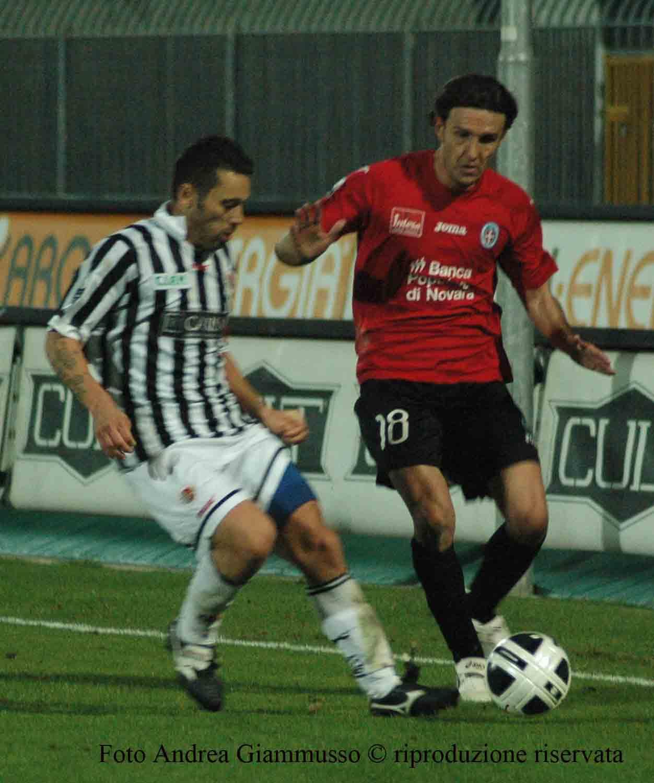 Ascoli-Novara, duello Di Donato-Marianini (foto Giammusso, riproduzione vietata)