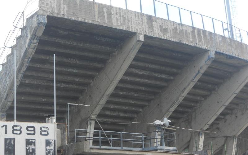 Stadio Del Duca, curva fatiscente