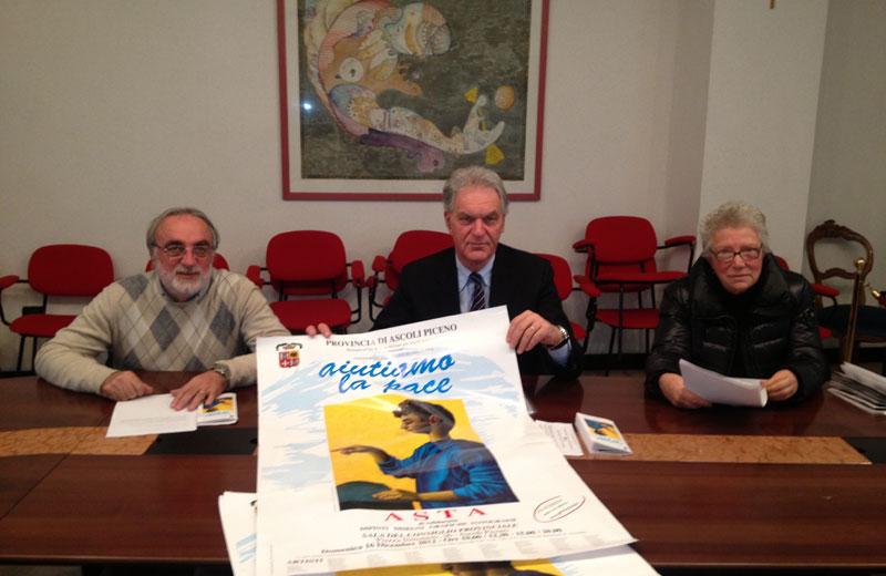 Augusto Piccioni curatore dell'asta, il-presidente Piero Celani, Paola Cinciripini del GSI Marche