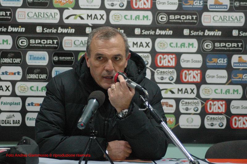 Ascoli-Varese, Castori in sala stampa