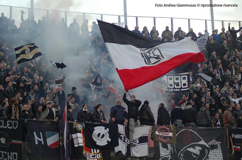 Ascoli-Cittadella di andata, i tifosi (giammusso)