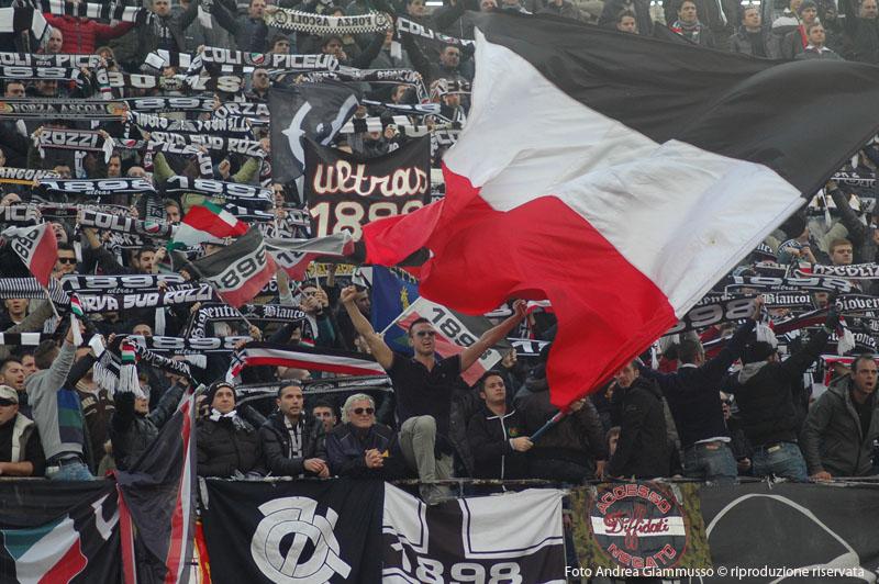 Ascoli-Cittadella, i tifosi (giammusso)