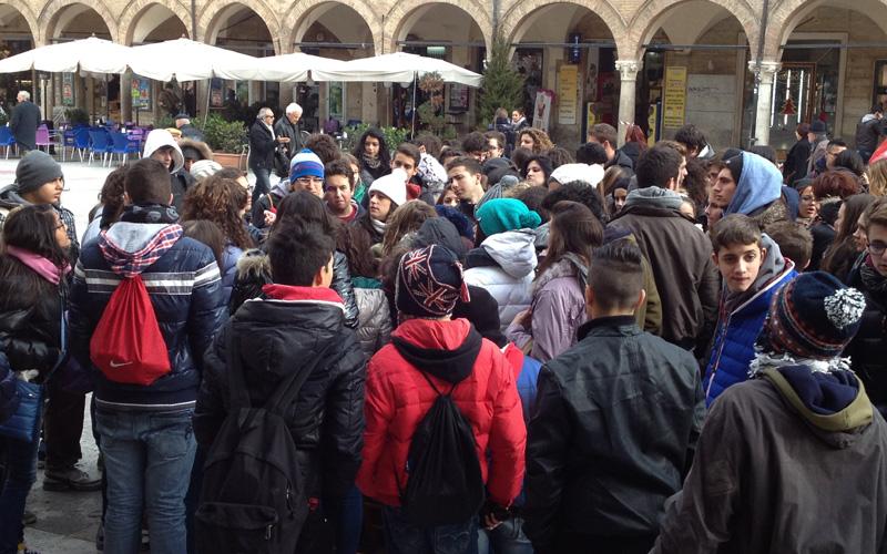 Studenti in Piazza del Popolo