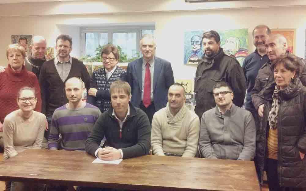 Il Pd a supporto di Stefano Corradetti, al centro in basso, con lui, tra gli altri, Antonio Canzian e Gianfranco Bastiani