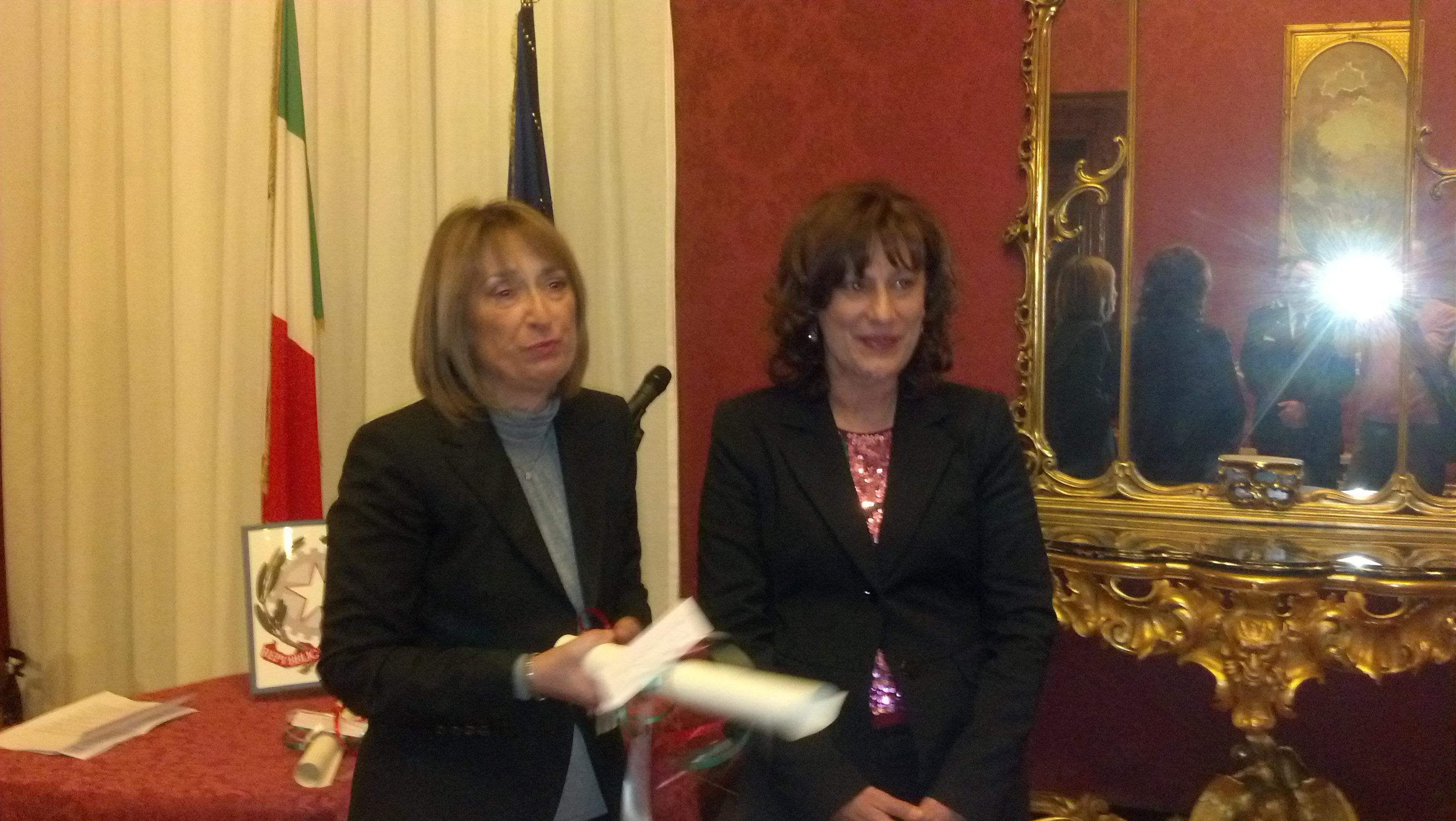 Laura Di Giannantonio premiata dal prefetto Graziella Patrizi