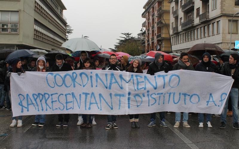 Manifestazione studenti 3 dicembre 2012