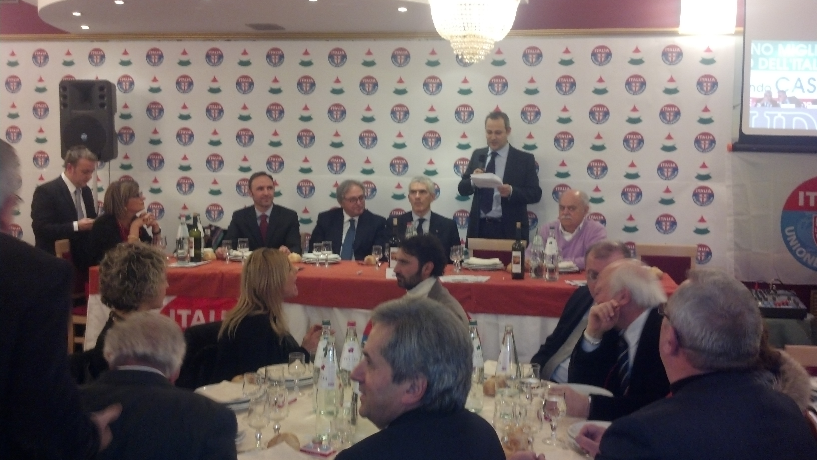 Parco dei Tigli, cena elettorale di Casini e Udc 2