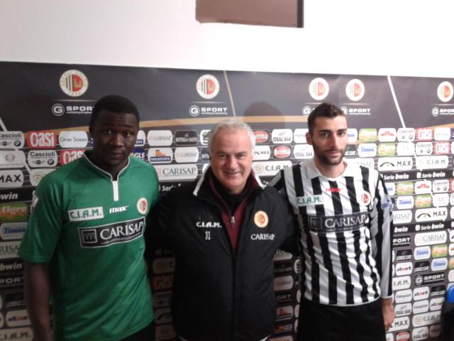 Mister Silva tra i suoi nuovi giocatori