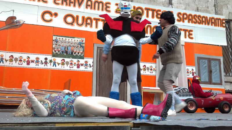 Carnevale ascolano 2013 (30) Barbie e Mazinga