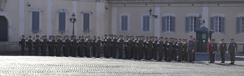 I soldati del Piceno schierati in Piazza del Quirinale