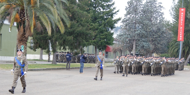 Caserma Emidio Clementi, 1° febbraio 2012 - l'afflusso dei reparti