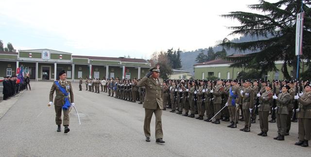 Caserma Emidio Clementi, 1° febbraio 2012 - il Gen. Zambuco passa in rassegna i reparti
