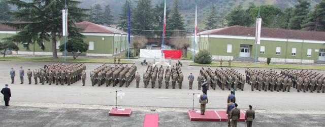 Caserma Emidio Clementi, 1° febbraio 2012 - il 235° Reggimento schierato sulla Piazza d'Armi