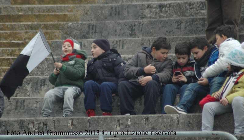 Giovani tifosi Foto Andrea Giammusso
