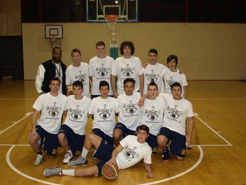 I giovani dell'under 19 dell'Ascoli Towers