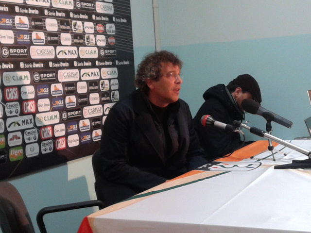 Francesco Moriero, arrabbiato con l'arbitro