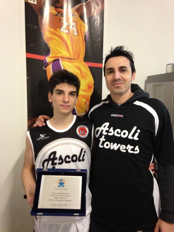 Marco Di Giandomenico (sinistra) assieme a coach Daniele Aniello (destra)