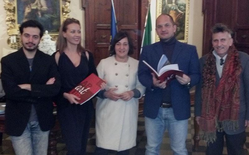 Lo staff di Ap Art Up con il sindaco Castelli