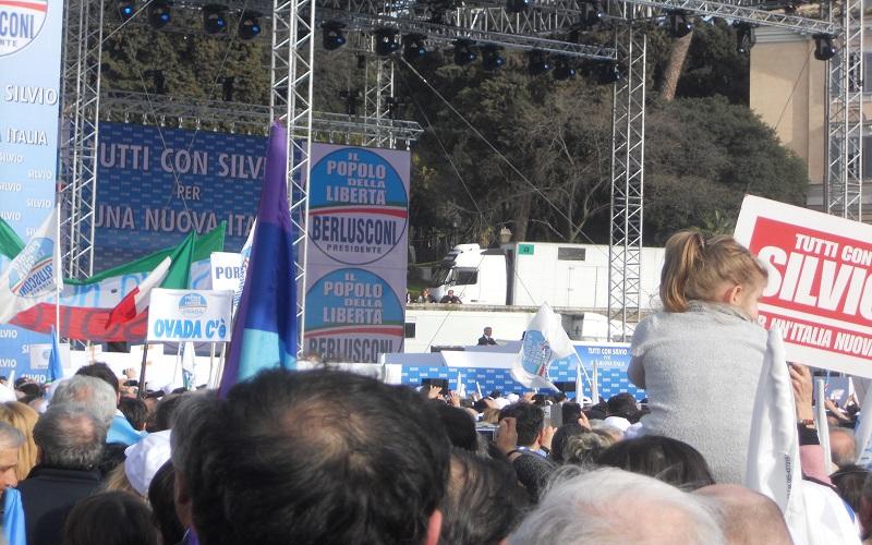 Piazza del Popolo, il palco