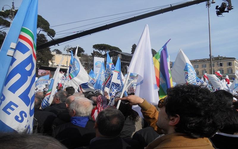 Piazza del Popolo, in attesa di Berlusconi