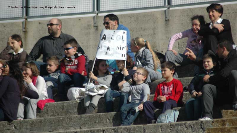 Ascoli-Empoli 1-2 (giammusso) giovani tifosi