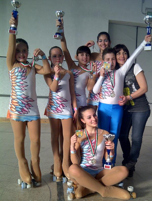 Le giovani atlete della Lama Skating