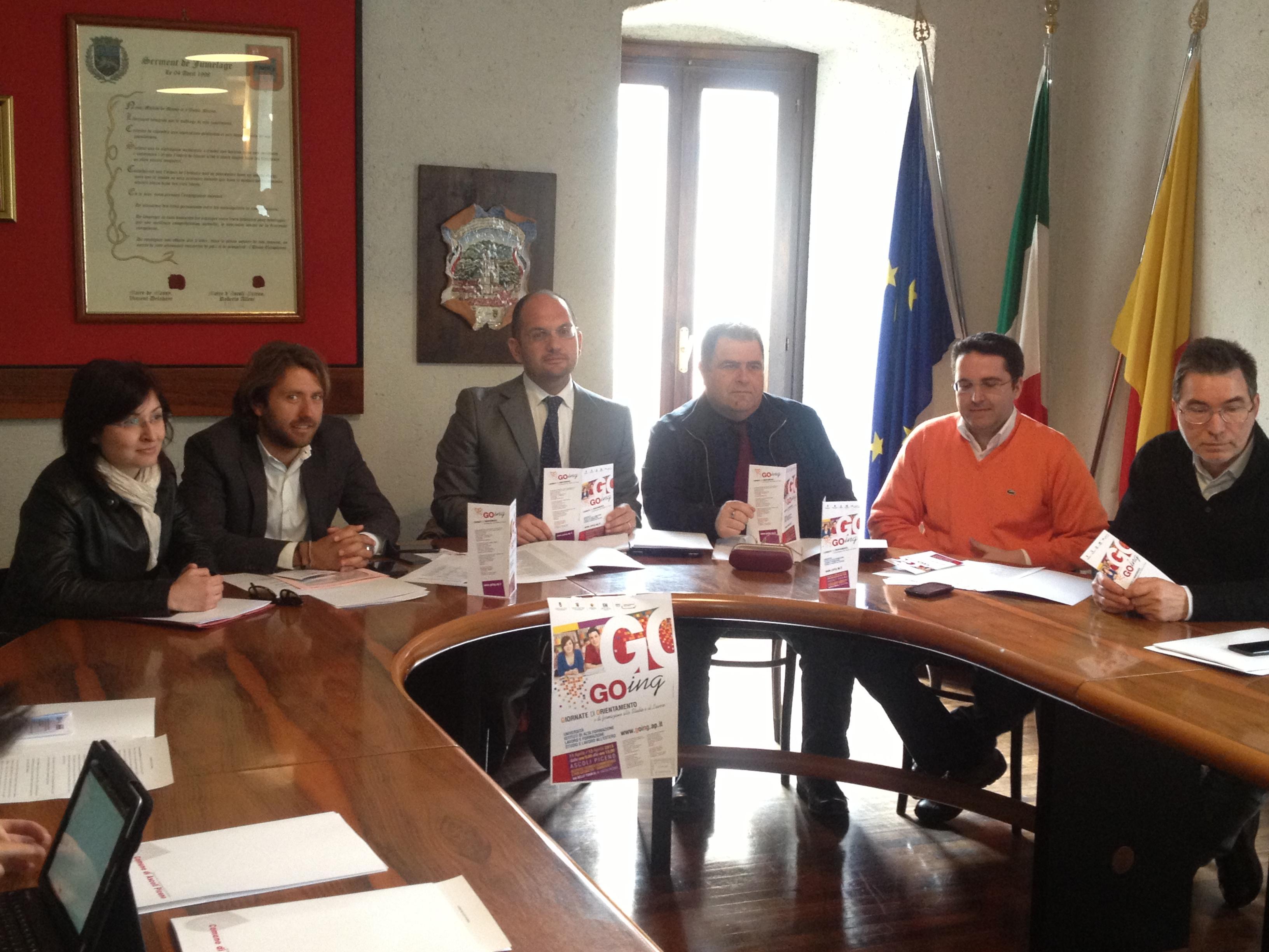 presentazione going 2013 con marzia farnesi, guido castelli, arturo verna,giuseppe pacetti