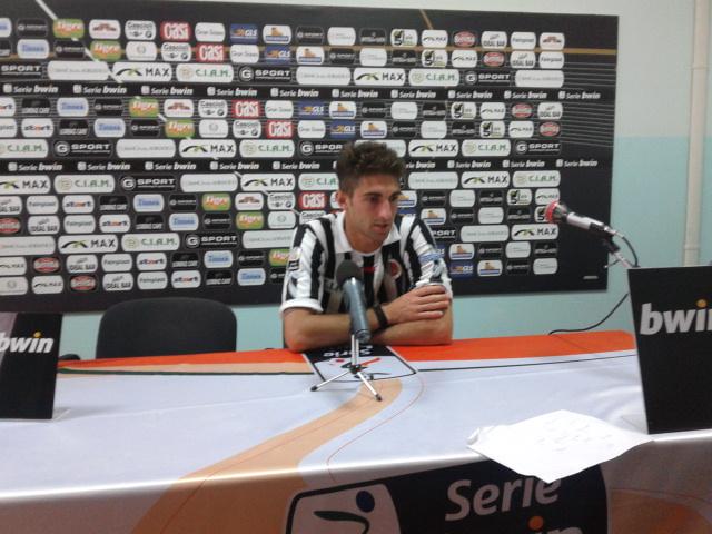 Il bianconero Ricci in conferenza stampa