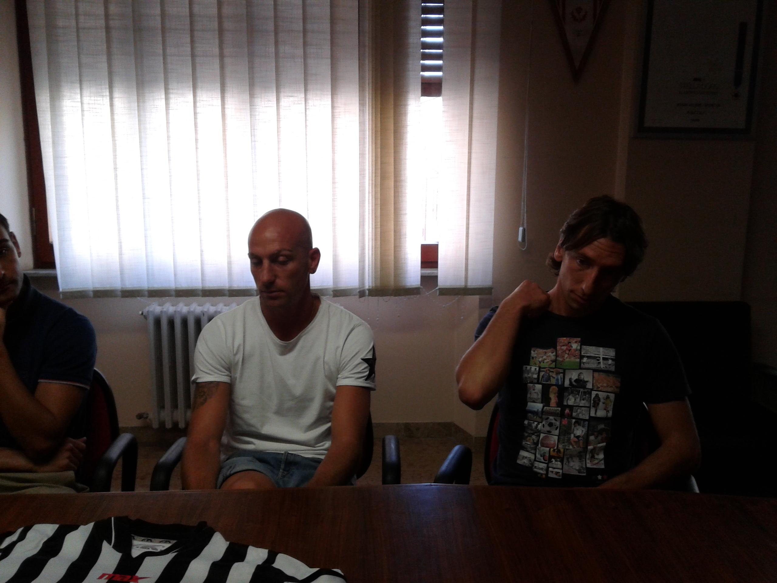 Pestrin, con, alla sua destra, Bianchi
