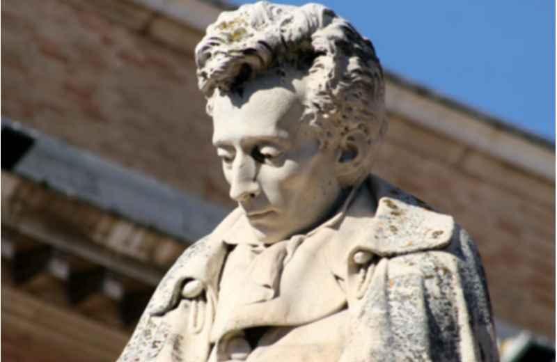 Giacomo Leopardi (fonte Google)