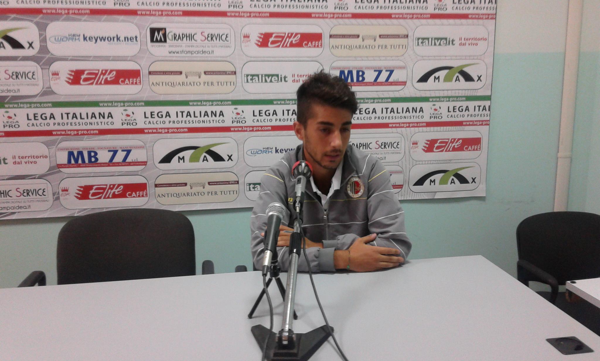 Andrea Scicchitano, centrocampista, 21 anni