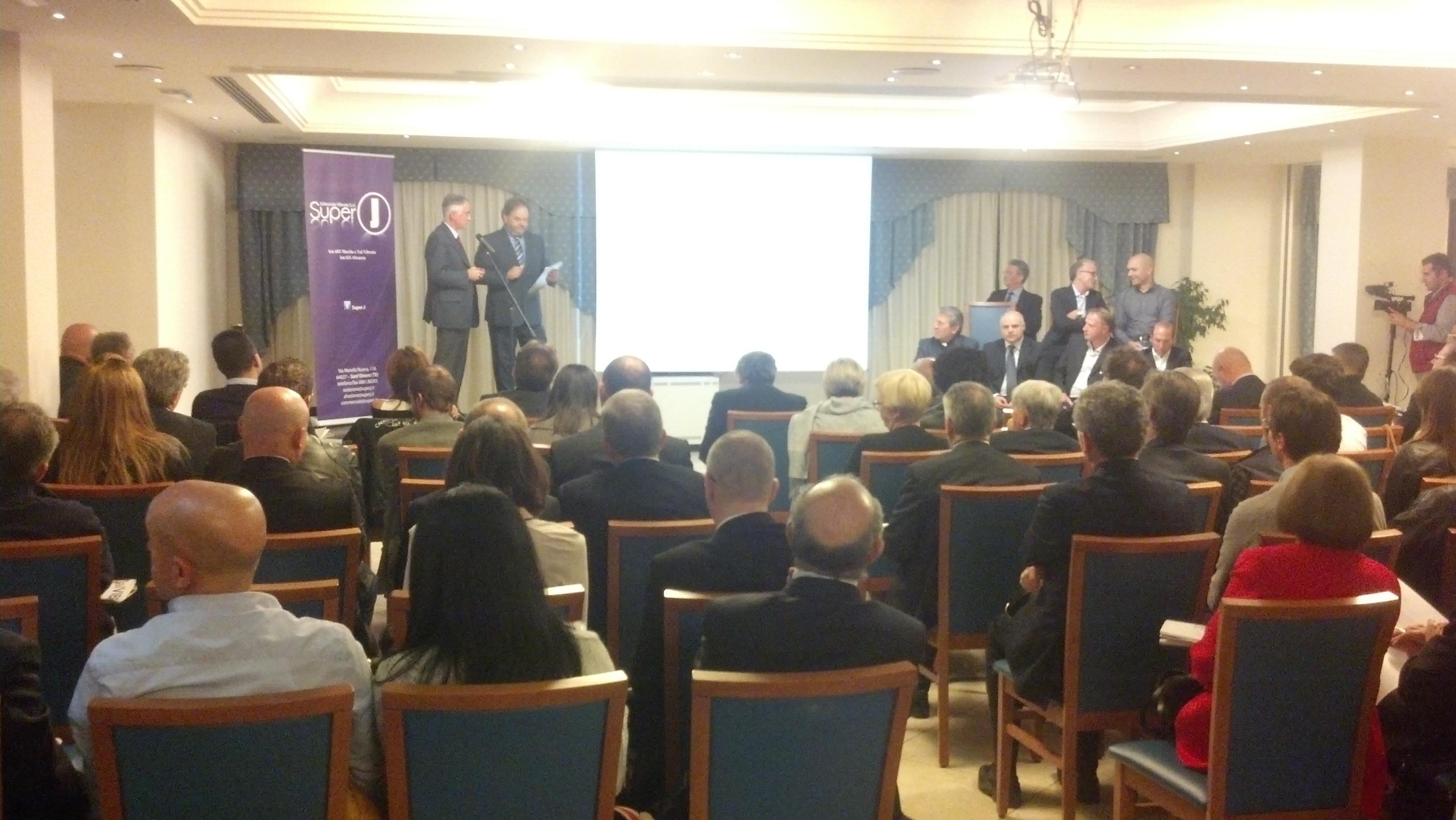 Inaugurazione Super J, qui il direttore Walter Cori con il vicepresidente della Regione Marche Antonio Canzian