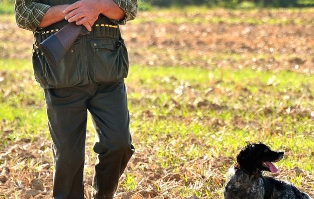 Cacciatore con cane (fonte blog attualissimo)