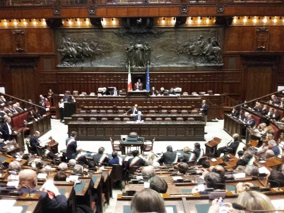 La camera devolver i suoi risparmi ai terremotati in for Commissione bilancio camera dei deputati