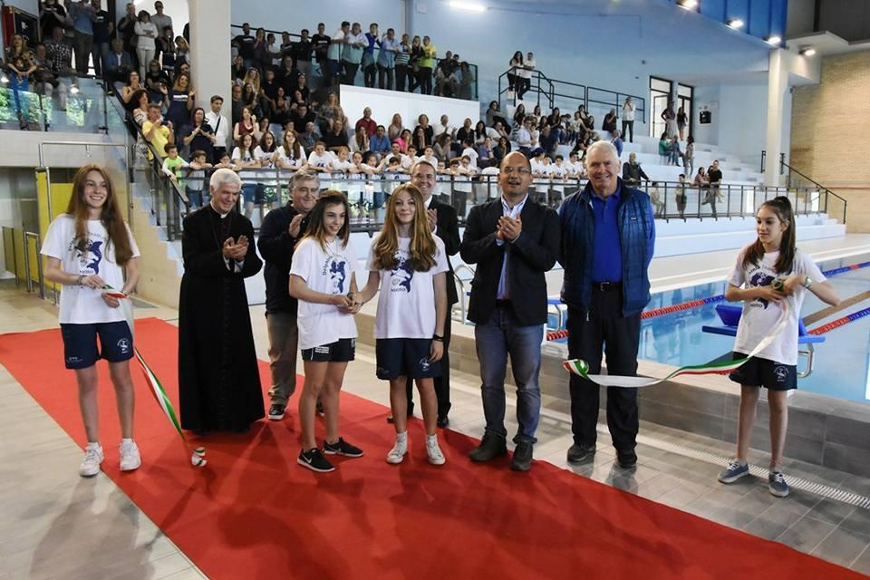 Inaugurata la nuova piscina comunale di ascoli al via i - Piscina comunale livorno corsi acquagym ...