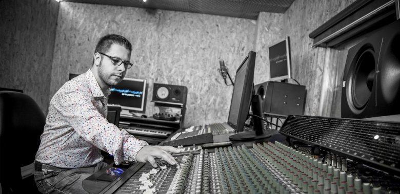 Intervista a emilio munda produttore compositore autore for Gemelli diversi discografia completa