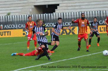 Gol Ardemagni, Ascoli-Lecce -Foto Andrea Giammusso