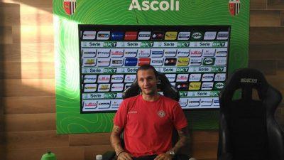 Vasile Mogs al termine di Ascoli-Cremonese (foto Chiara Poli)