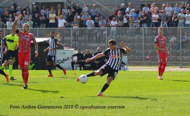 Ganz, tiro in Ascoli- Cremonese,Foto Andrea Giammusso