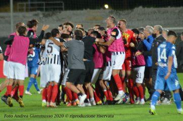 Festa a fine partita Ascoli