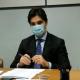 Francesco Acquaroli durante il vertice regionale per l'emergenza Covid (foto Regione Marche)