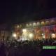 Offida, piazza del Popolo invasa dai giovani per il concerto di Claver Gold e Murubuto